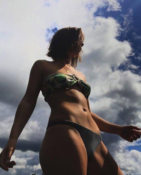 Вера Панфилова фото в купальнике